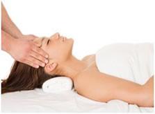 Cosmetsiche acupunctuur is een veilige manier voor een huidverjongende behandeling.